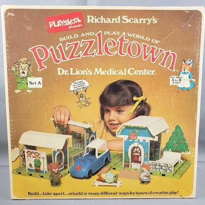 Vintage PlaySkool Richard Scarrys Build and Play World of Puzzletown: