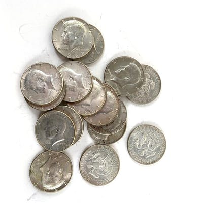 Group of 17 40% silver Kennedy half dollars