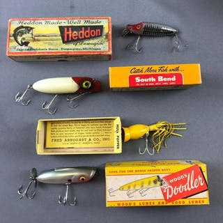 Group of 4 lures