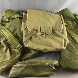 Group of 6 Military/Military Style gear bags