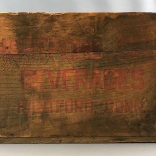 Vintage Hartford Club Beverages crate