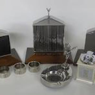 Assorted Rolls-Royce deskpieces and collectables,   ((9))
