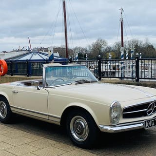 1966 Mercedes-Benz 230 SL Convertible with Hardtop  Chassis no. 11304222016640