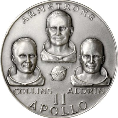 Lot of (7) Medals Honoring the Seven Voyages of the Apollo Moon Missions.