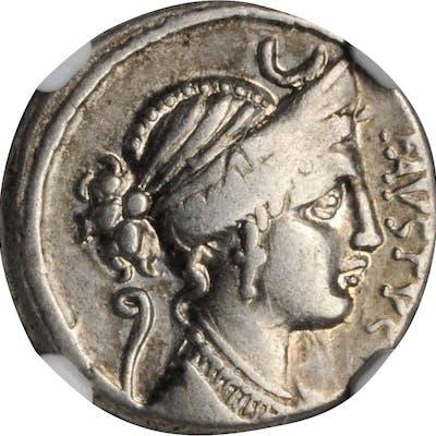 ROMAN REPUBLIC. Faustus Cornelius Sulla. AR Denarius (3.89 gms), Rome