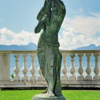 Sculpture de jardin, fin XIXe s., en bronze patiné vert représentant