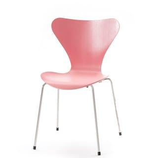 Chaise empilable série 7 par Arne Jacobsen, édition Fritz Hansen
