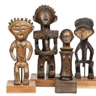 Four ancestor figures of carved patineret wood. Luba style etc. H.