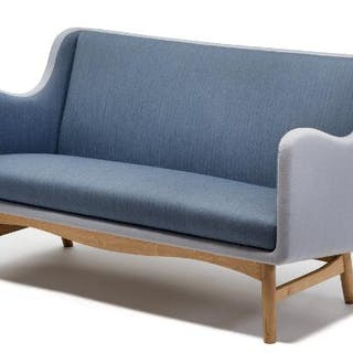 Finn Juhl: Freestanding two seater sofa with curvy oak frame