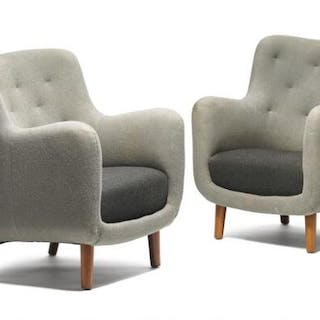 Finn Juhl: A very rare pair of easy chairs with cherry legs