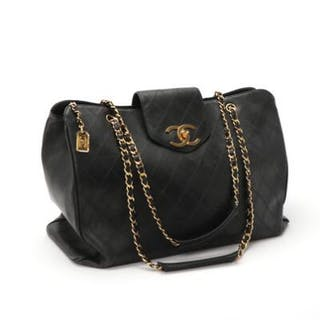 Chanel: A bag of quiltet black calf skin