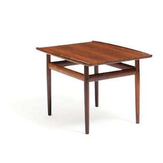 Grete Jalk: Rosewood coffee table