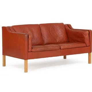 Børge Mogensen: Freestanding two seater sofa with oak legs