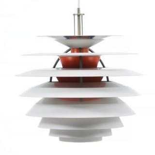 """Poul Henningsen: """"Kontrast"""". Pendant with white and orange lacquered lamellaes."""