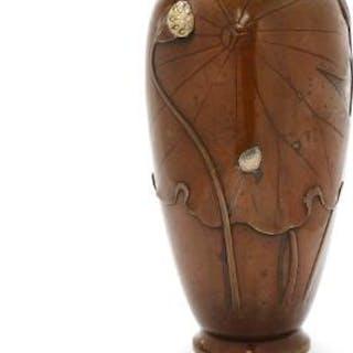 A Japanese bronze vase, seal signed. Meiji 1868–1912. H. 28 cm.