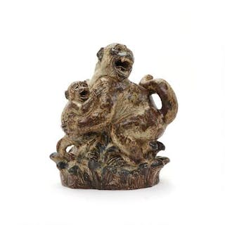 Knud Kyhn: Stoneware figure group modelled in the shape of a monkey with cub