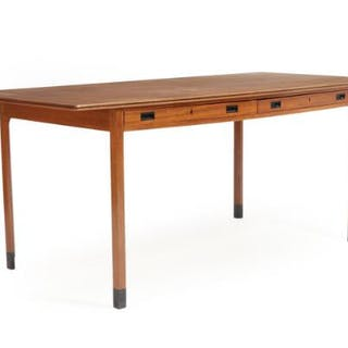 Ole Wanscher: Writing desk of mahogany