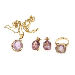 A amethyst jewellery collection comprising a pendant on a necklace
