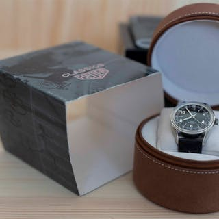 Heuer Carrera GMT automatic limiterad re-edition by Tag Heuer nyskick