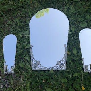 Ovanlig spegel & ljuslampetter i tenn. Art Deco 30-tal.