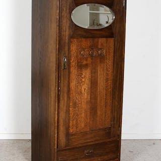 Skåp i trä - tidigt 1900-tal - Äpplet - Jugend - Garderob