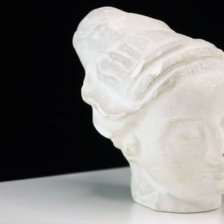 Carl Milles Skulptur i gips Kvinnohuvud måste ses!