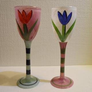 """Kosta Boda - Ulrica Hydman Vallien - """"Tulipa"""" - Pokalglas - Vinglas - 2 st"""