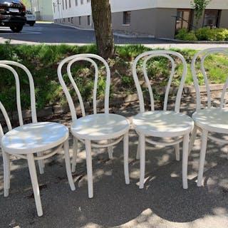 4 st Öglan, Thonet N 18 stolar , ej original färg, vintage retro.