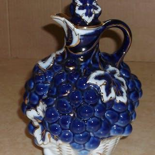 Rysk vinkanna karaff med propp blå vit o 22 karat guld vindruvor Lomonosov USSR