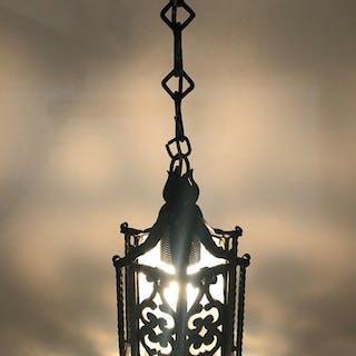 Ovanlig antik taklampa. Tidigt 1900-tal. Hallampa lykta
