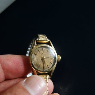 Omega Dam Armbandsur Guld på stål