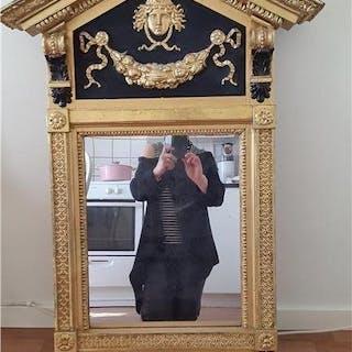 Antik Gustaviansk Spegel