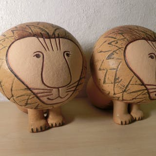 Lejonpar av Lisa Larson (Larsson)