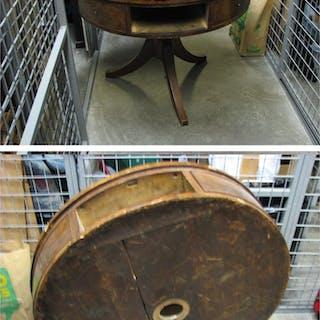 Antikt bord karusell karusellbord * RENOVERINGSOBJEKT * *LÄS* ENDAST