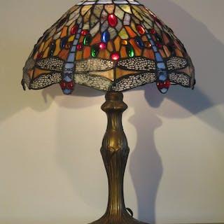 Stor vacker  BORDSLAMPA Lampa Tiffanylampa