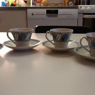 """4st Kaffekoppar med fat, """"BLAD"""" av Berit Ternell, för Gefle (Upsala Ekeby)"""
