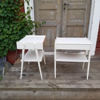 Sängbord, nattbord, nattduksbord från AB Carlström & Co   Möbelfabrik