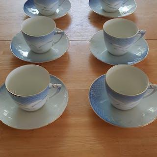 Blå Måsen, Kaffekoppar med fat (8 st), guldkant/dekor, Bing & Gröndahl