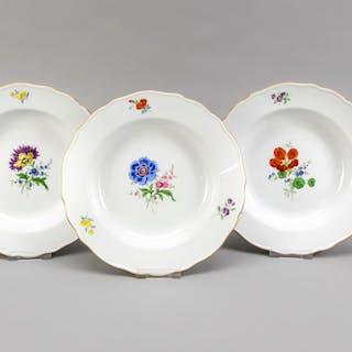 Drei Teller, Meissen, nach 1960, 2