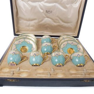 A ROYAL WORCESTER COFFEE SERVICE IN ORIGINAL FITTED CASE