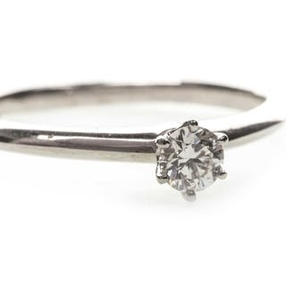 A TIFFANY & CO. DIAMOND SOLITAIRE RING