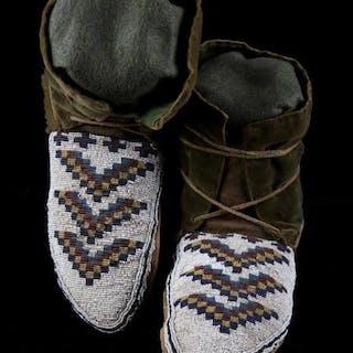 Blackfeet Fully Beaded Moccasins circa 1880