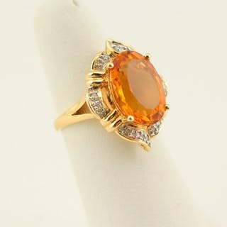 14K Gold Ring w/ Citrine And Diamonds