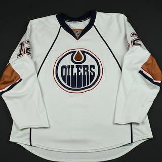 Nilsson, Robert White Set 1 (RBK 1.0) Edmonton Oilers 2007-08 #12 Size: 56