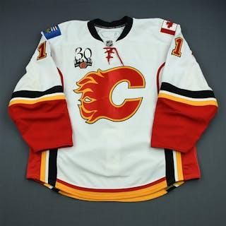 Sjostrom, Fredrik White Set 2 Calgary Flames 2009-10 #11 Size: 56