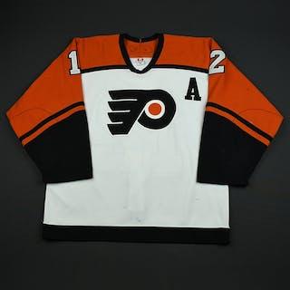 Gagne, Simon * White Set 1 w/A, Signed Philadelphia Flyers 2006-07 #12 Size: 52
