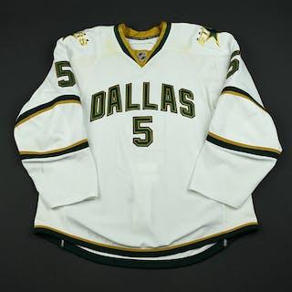 Niskanen, Matt Third Set 1 Dallas Stars 2008-09 #5 Size: 56