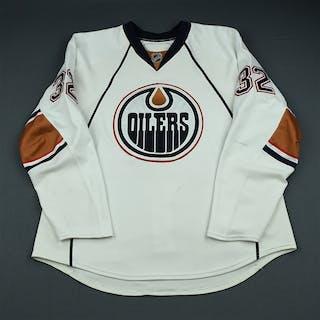 Stone, Ryan White Set 1 Edmonton Oilers 2009-10 #32 Size: 56