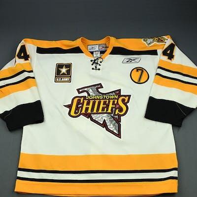 McCutcheon, Mark White Set 1 w/'7' Patch Johnstown Chiefs 2008-09 #14 Size: 56