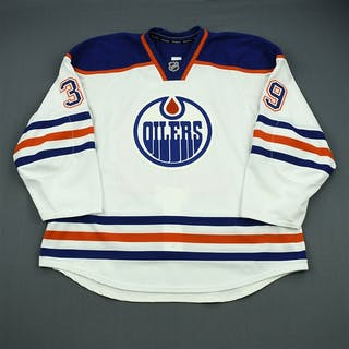 Byers, Dane White Set 2 - Game- Issued Edmonton Oilers 2012-13 #39 Size: 58+